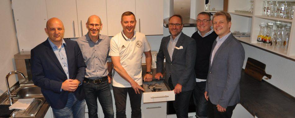 Die neue Küche des FC Roland Wedel. Foto: Stadtsparkasse Wedel